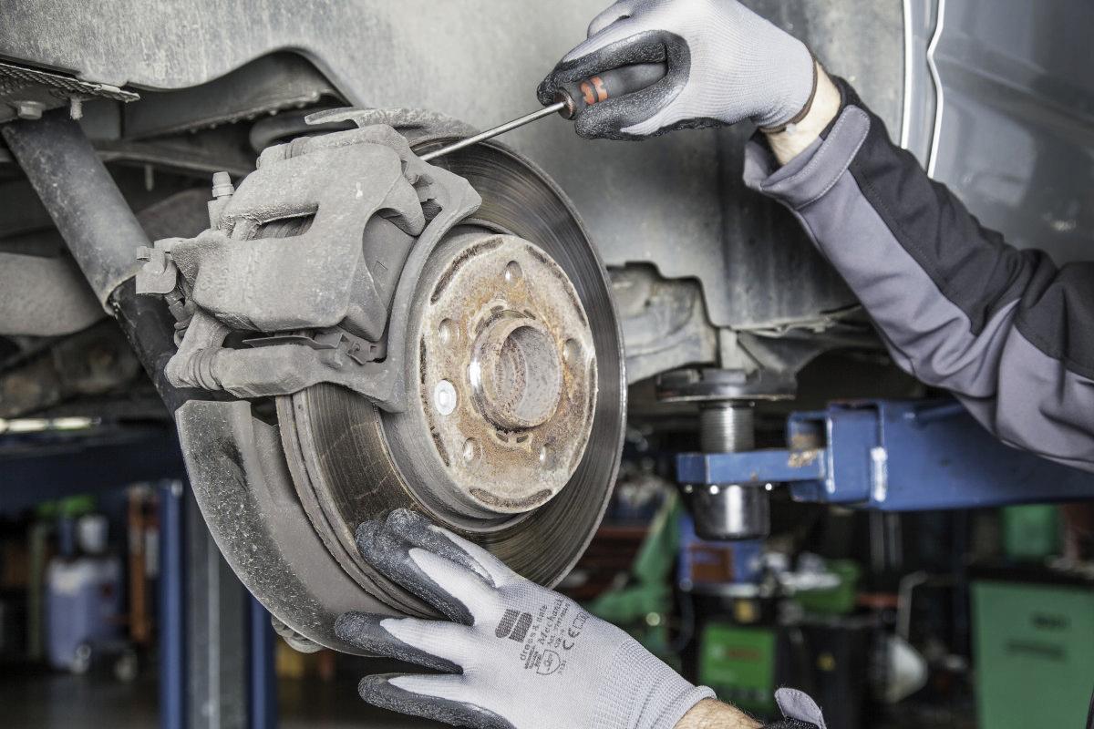 Remmen laten controleren, zodat uw auto altijd optimaal presteert.